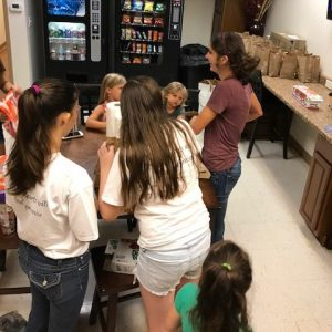 Childrens-Ministry-Hurricane-Assistance12
