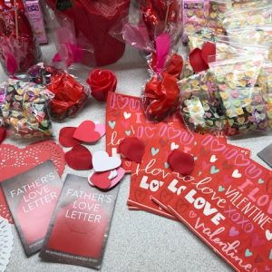 Valentines-Club-Ministry-Gifts2